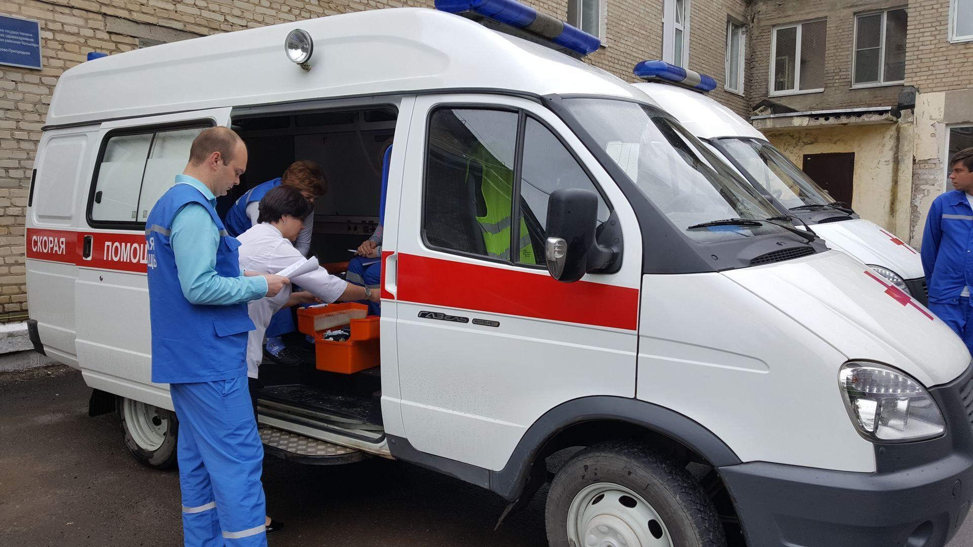 Врач скорой помощи фото